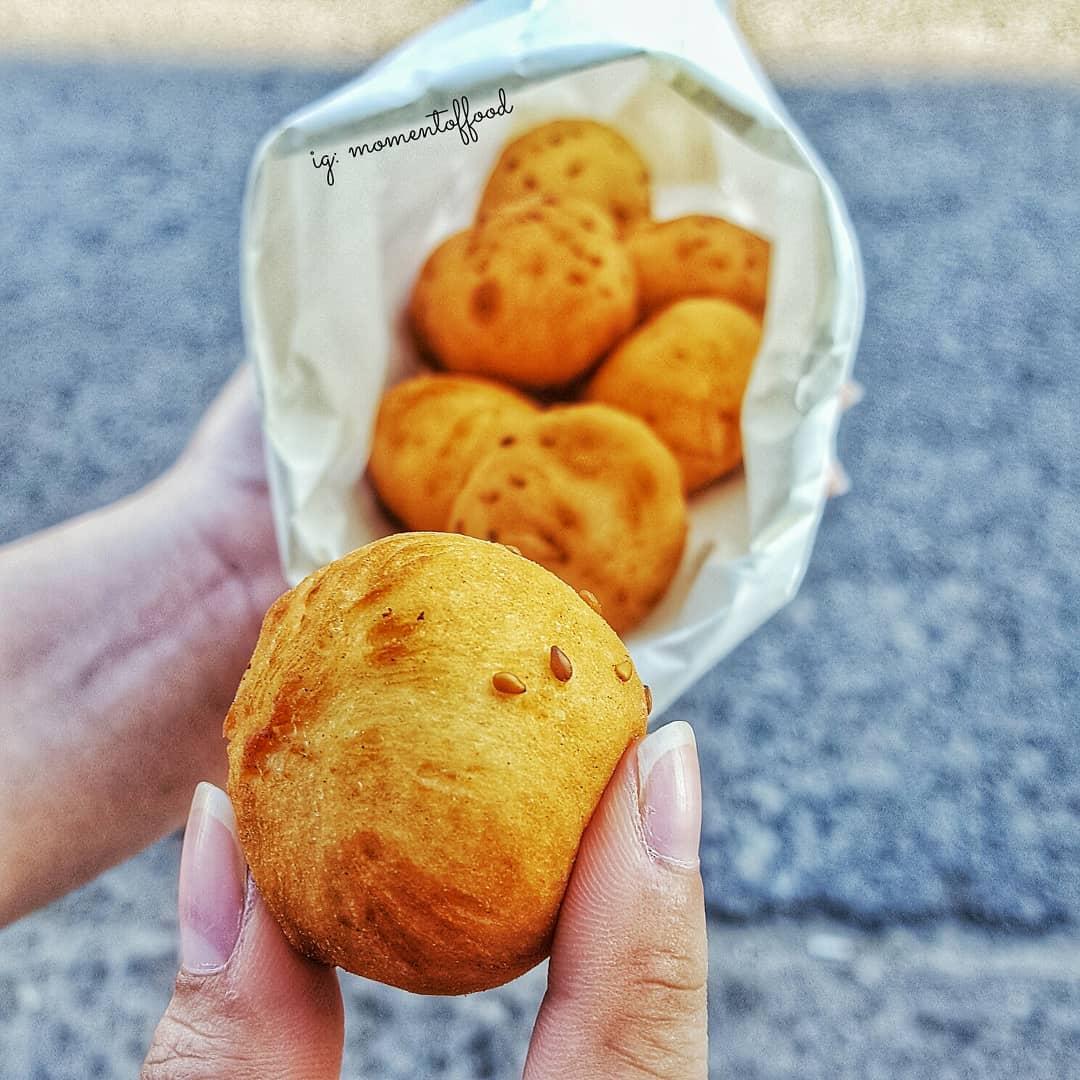 Bánh tiêu đậu xanh đường Đồ Chiểu